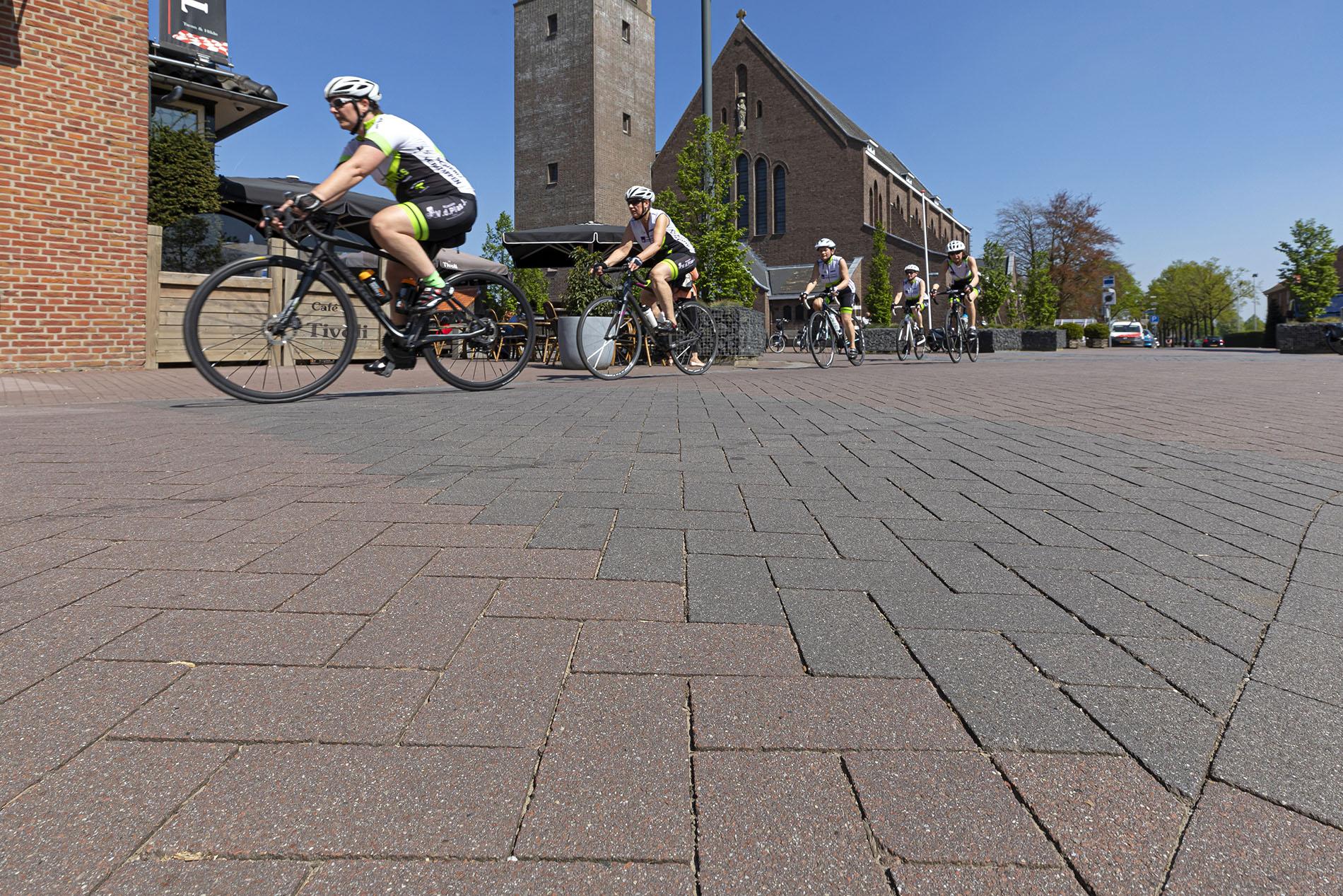 Bestrating openbare ruimte